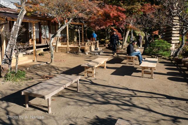 円覚寺: 龍隠庵 、谷戸尾根筋の龍隠庵は伽藍を見渡す展望所になっている。